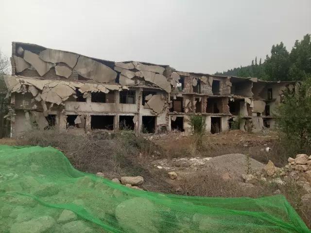 """战后废墟、恐怖鬼城,华润紫云府的""""回家路"""""""