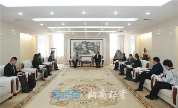 孙述涛会见上海钜成集团董事长薛成标一行