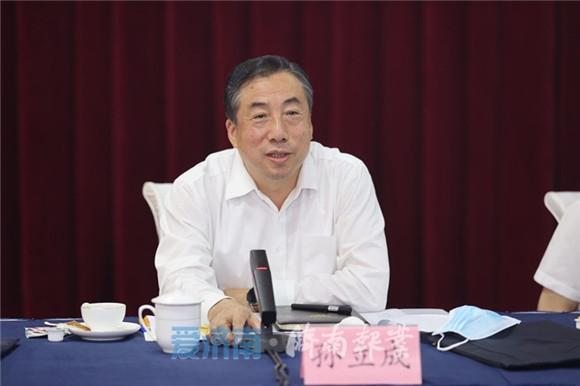 刘家义到山东高等技术研究院调研并召开座谈会 汇聚优势资源 强化基础研究 为服务国家战略作出更大贡献
