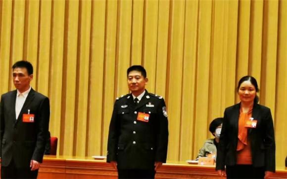 受到中央表彰!济南的张保国家庭获评全国文明家庭