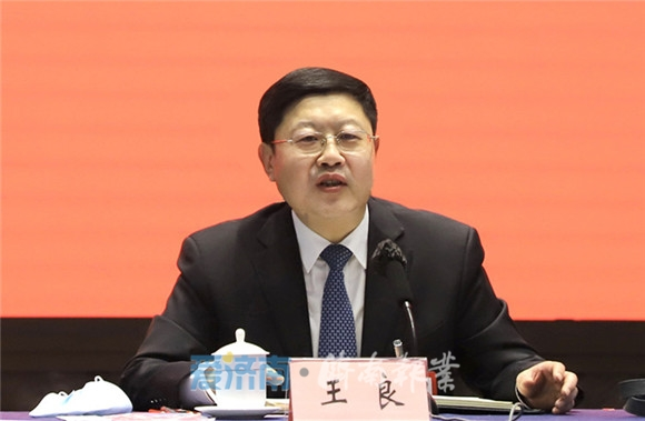 济南团审议省人大常委会工作报告 王良孙述涛出席殷鲁谦主持