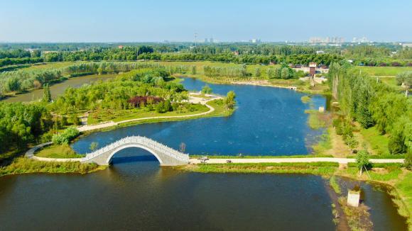 玉清湖的初秋美景